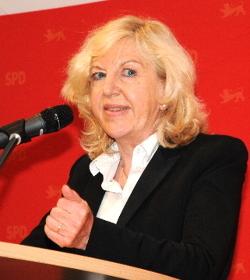 Dr. Carola Merk-Rudolph kandidiert.